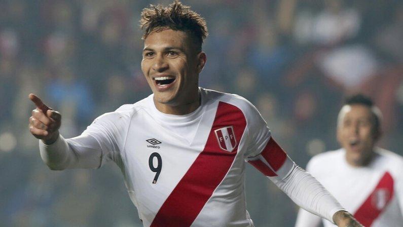 ФИФА сократила дисквалификацию и разрешила лучшему бомбардиру в истории Перу сыграть на ЧМ–2018