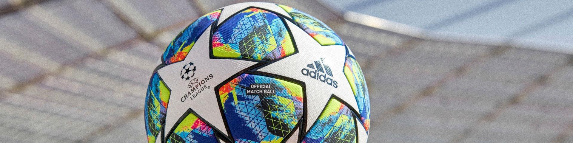 БК «1хСтавка»: футбольный мяч за прогноз на Лигу чемпионов