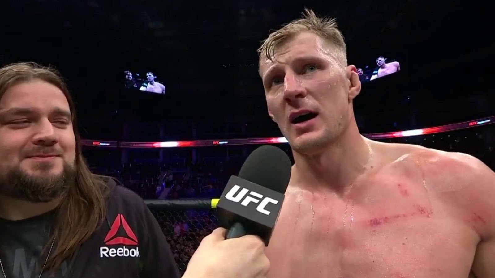 БК «Париматч»: Блэйдс сделает Волкову минимум три тейкдауна на UFC 21 июня